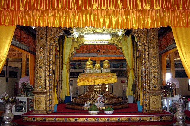 5 buddha images in Phaung Daw Oo Pagoda