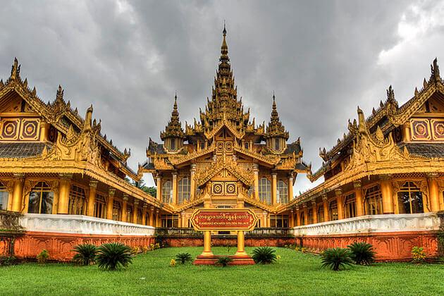 Kanbawzathardi Palace in bago