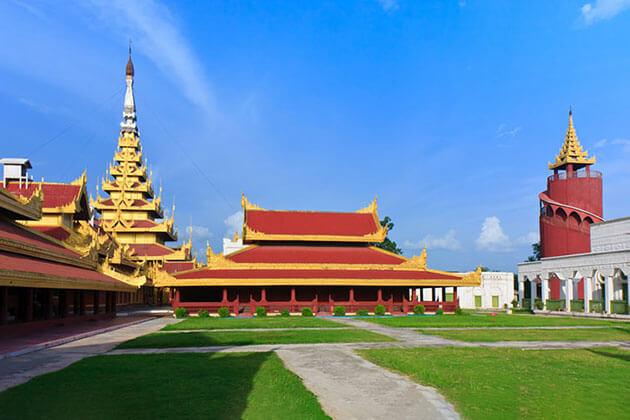 Mandalay Palace - history of mandalay