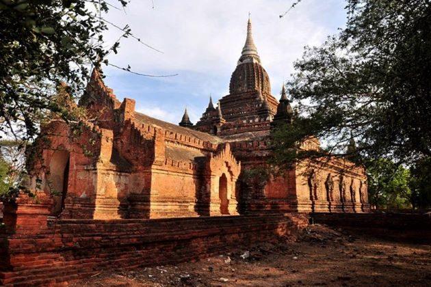 Myinkaba Gubyaukgyi Temple in myanmar