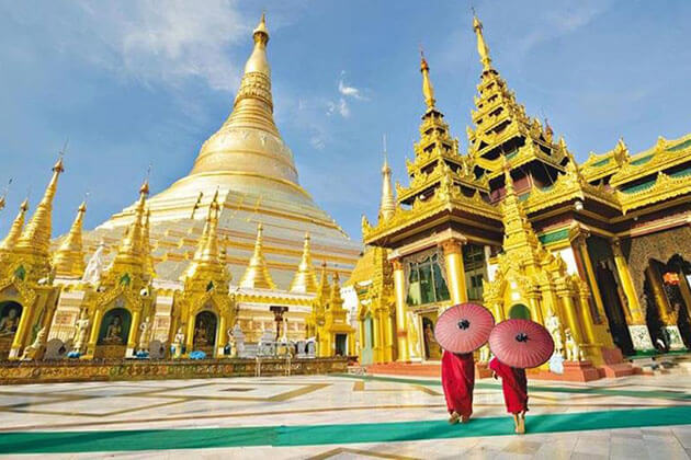 Shwedagon pagoda - highlight of Yangon