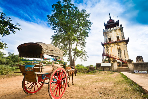 horse cart ride - top things to do in mandalay