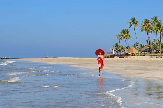 ngwe saung beach - myanmar beach tour