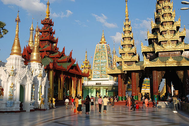 shwedagon pagoda - exotic myanmar holiday