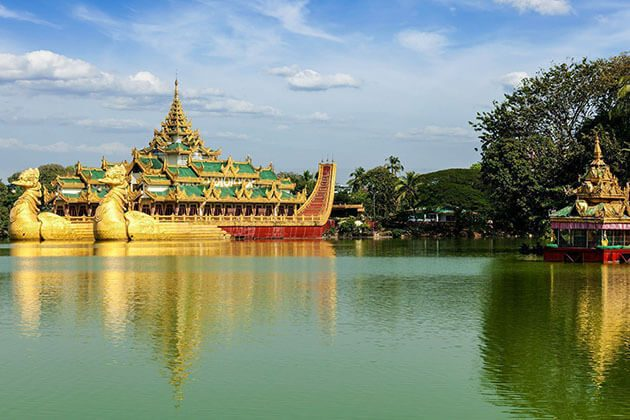 the scenic view of kandawgyi lake